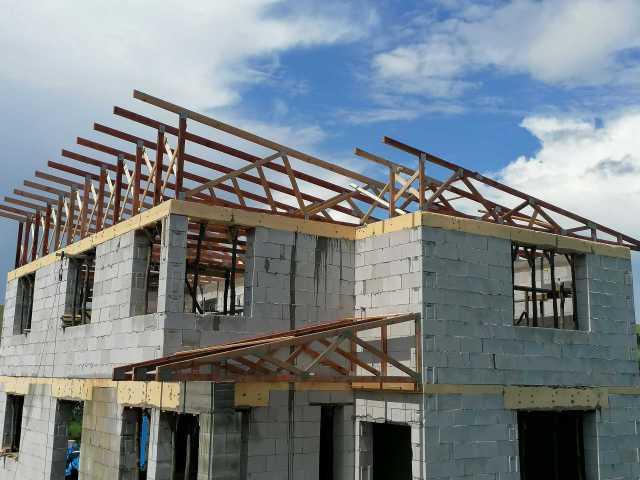 Stavba Tovarné 2020